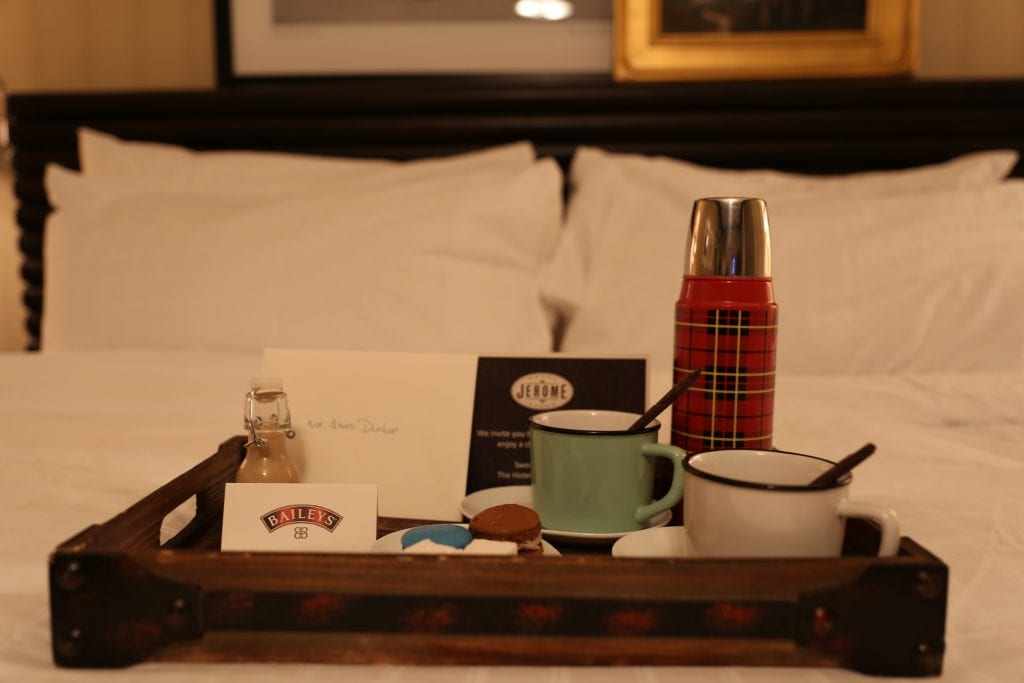 hot cocoa set up at hotel jerome